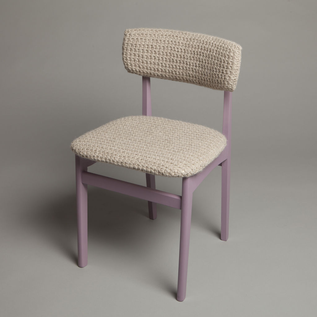 Trinity Chair di Rose Sharp Jones