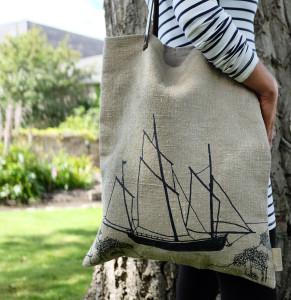 HELEN ROUND Coastal Collection Hemp Shopper