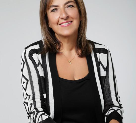 Alexandra, founder of Sophia enjoy thinking